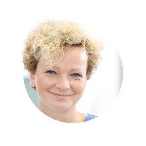 Frau Y. Schwarzer